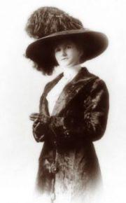 Clara - Founder