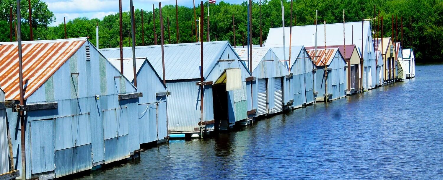 62-boat houses in red wing