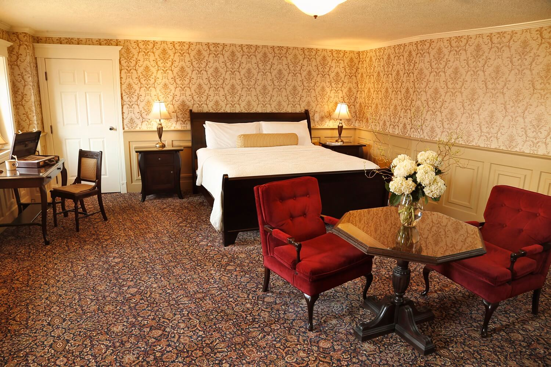 63-Suite room