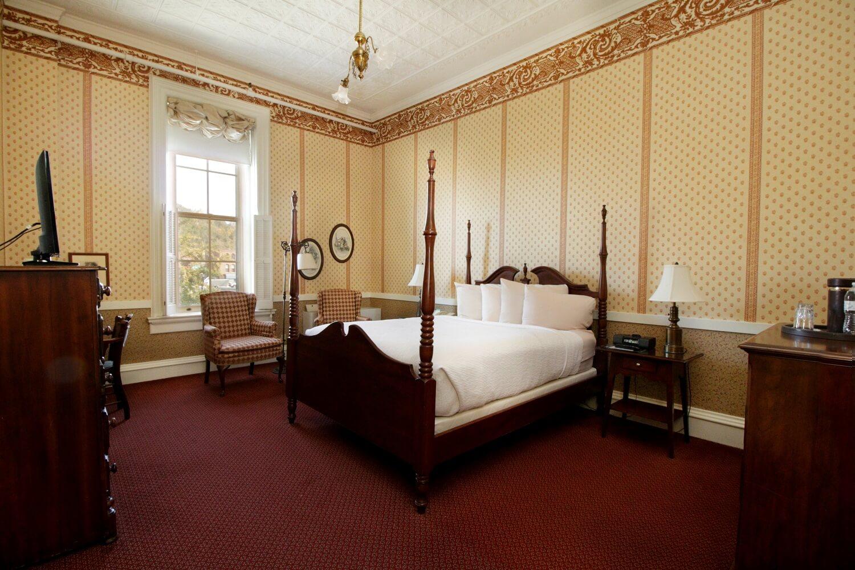 9 - premium room 207