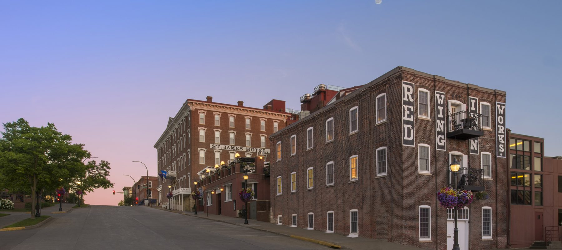 St  James Hotel in Red Wing Minnesota | Place to Stay in Red