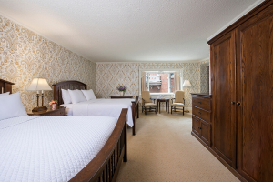 Book a stay in our whirlpool suites!
